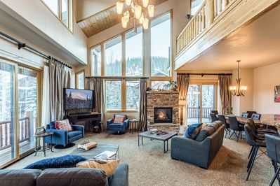 Slopeside Retreat has been professionally designed with new furnishings and decor throughout