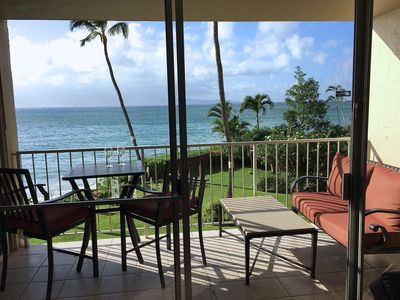 Private Oceanfront Dining... and Morning Coffee on the Lounge Sofa
