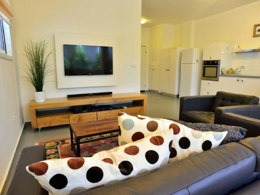Amazing 2 BR in the Old North - Two Bedroom Apartment, Sleeps 5