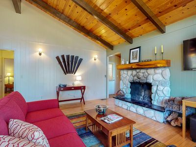 Photo for Secluded cabin w/private decks & family-friendly amenities