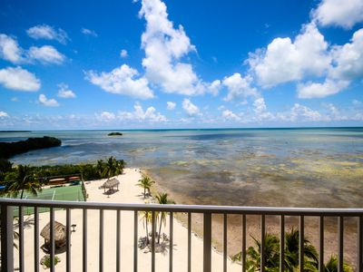 Photo for Sixth-floor oceanfront condo w/sweeping ocean views & shared pool