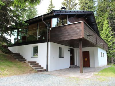 Photo for Very well equipped chalet with sauna, whirlpool and solarium 9 km from Airach in the middle of an ex