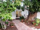 1BR Cottage Vacation Rental in Sherman Oaks, California
