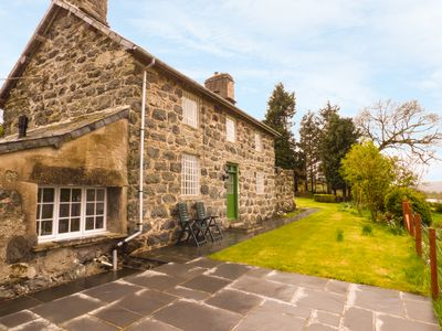 Photo for FFYNNON GOWER, family friendly, with open fire in Bala, Ref 936034