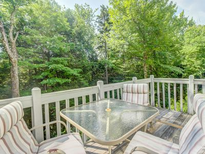 Photo for Condo w/ three pools, twelve tennis courts, sauna, hot tub, gym, and more!