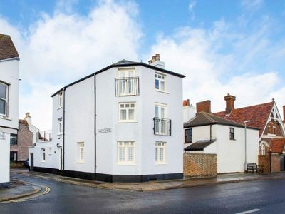 Photo for A lovely seafront property located in the heart of Deal sleeping 6/8
