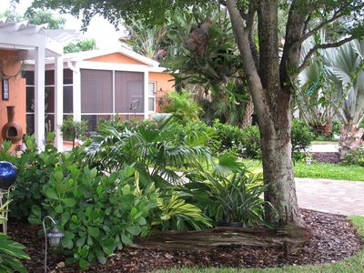 Very private, lushly landscaped, immaculate apartment across street from beach!