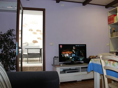 Photo for Cozy apartment in the historic village of Posada.