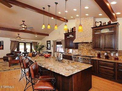 Photo for Luxury Home located in Oro Valley in Casas Adobes area.