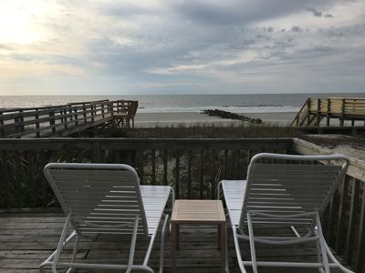 The Road Ends Here! Folly Beach/ 3 Bedroom/2 Full Baths/Sleeps 6/Pets Considered