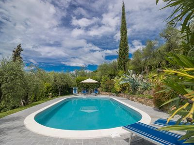 Photo for Giglio - charming villa with private pool very close to Lucca. WIFI gratis
