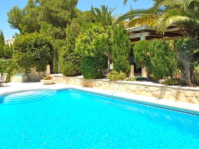Photo for Beautiful, comfortable Villa, big pool, quiet location, minutes away from beach
