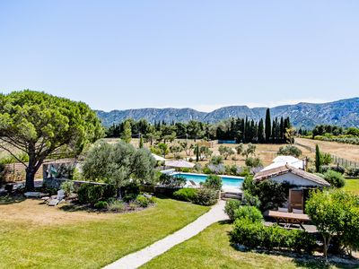 Photo for SAINT REMY - 4 BEDROOMS, 8 PEOPLE - EXCEPTIONAL VIEW ON THE ALPILLES