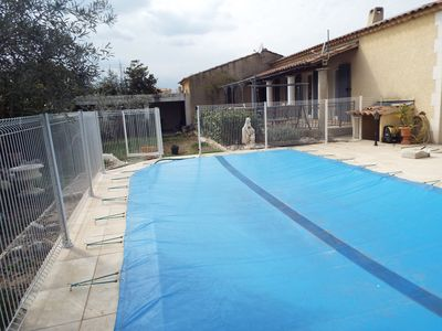 Photo for Detached house with swimming pool for 8 people in a housing estate