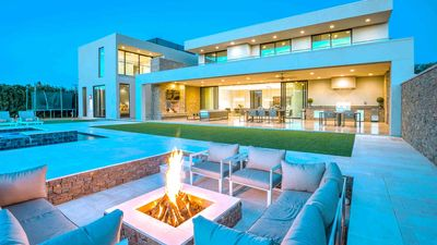 Photo for New Build! Luxurious Villa with amazing amenities! Close to Old Town Scottsdale!