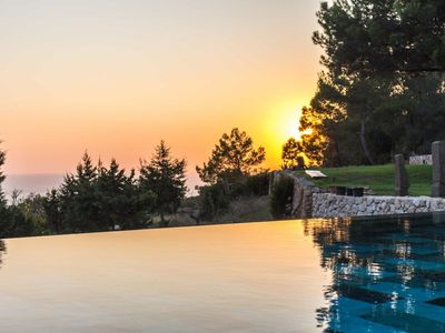 Photo for Dreamlike Villa with Infinity Pool, Sea View, Garden and Several Terraces