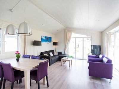 Photo for Vacation home Recreatiepark De Woudhoeve in Egmond aan den Hoef - 4 persons, 2 bedrooms