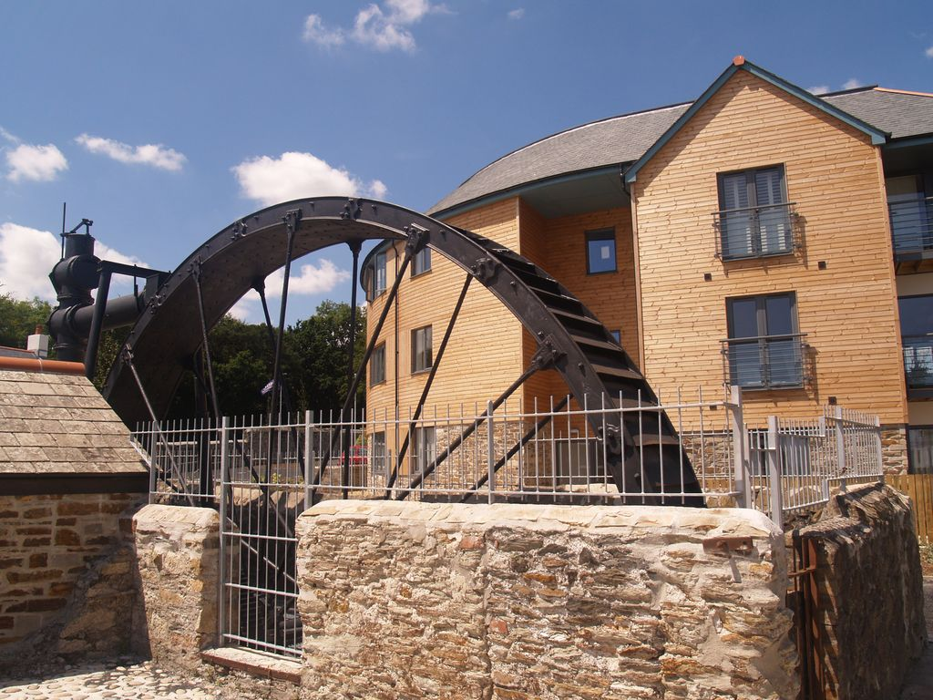 The Waterwheel Apartment Is Situated In Charlestown