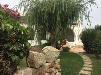 Photo for Mediterranean Villa in Beach Location with Wi-Fi, Air Conditioning and Garden; Pets allowed