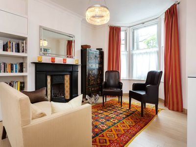 Photo for 7 minutes from tube station! 3 bedroom home in Fulham with garden (Veeve)