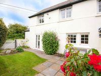 returning stay at post box cottage