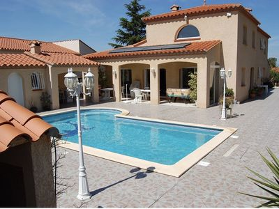 Photo for 240m2 family villa with pool