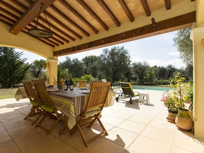 Photo for Beautiful Family Villa With Private Pool, few minutes walk to Valbonne Village