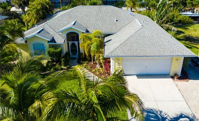 3 Bedroom Englewood Pool Home on Canal with Dock - Pool is only solar heated