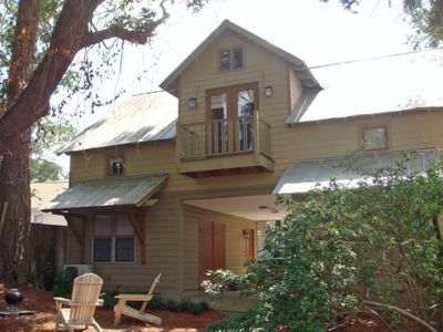 Photo for Getaway Cottage In the Heart of Downtown on Fairhope Ave!