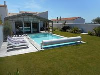 Great house in a perfect location. 30 meters to the beach