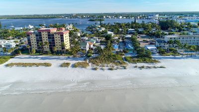 Photo for Steps to the beach and Times Square - Honeymoon Bungalow, Fort Myers Beach