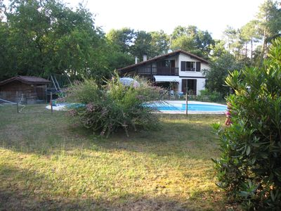 Photo for Very quiet house in the countryside, with swimming pool - 12km ocean