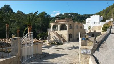 Photo for Villa Pendulo, Characteristic villa on 2000 m2 with great garden and swimming pool.