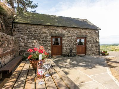 Photo for BLAKELOW BARN, pet friendly, with a garden in Matlock, Ref 956368