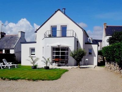 Photo for Holiday house - Baie d'Audierne 150 m from the sea and coastal paths