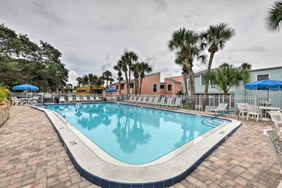 Your group of up to 4 guests will enjoy access to community amenities.