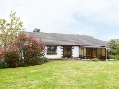 Photo for 5 GERDDI MAIR, pet friendly, with a garden in St Clears, Ref 949276