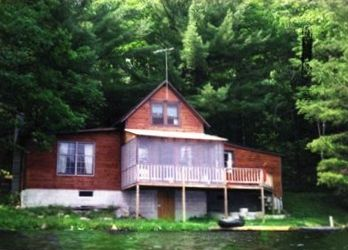 Photo for 2BR Cottage Vacation Rental in Bath, New Hampshire