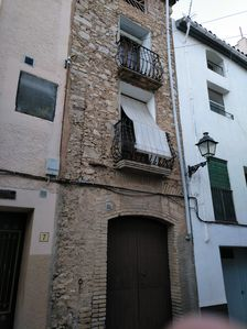 Photo for Rustic house in the center of Tivissa