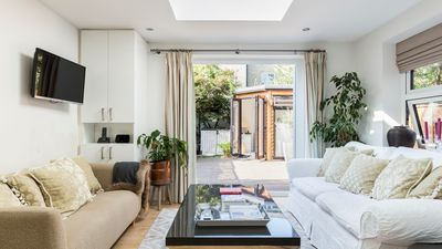 Photo for Beautiful 2BR flat right by Clapham Common