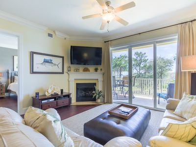 Photo for LUXURY CONDO W/ BEAUTIFUL BEACH & LAKE VIEWS. MAY 30 - JUNE 6 WEEK DISCOUNTED!