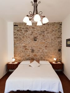 Photo for Apartment BETWEEN VINEYARDS AND OLIVES, relaxation and well-being 20 minutes from the sea