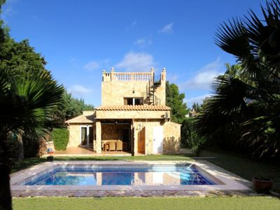 Photo for Licensed, large holiday villa (up to 10 people) with sea views + private pool