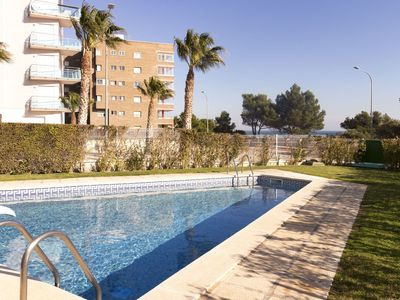 Photo for Nice apartment for 6 people with pool, TV, balcony and parking