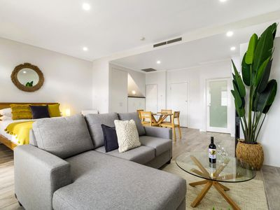 Photo for Enjoy Bayside Life At Stylish Studio Close To City