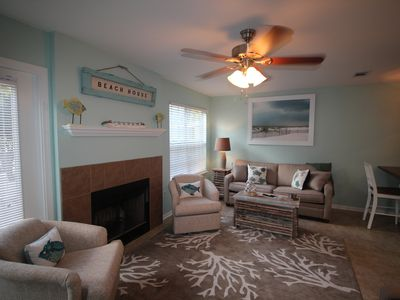 MONTHLY RATES AVAILABLE! CLOSE TO THE BEACH! THIS CONDO HAS EVERYTHING!