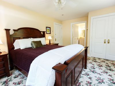 Photo for Romantic Charm in the Snow Dove Suite