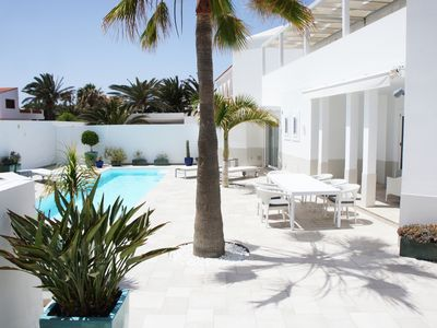 Photo for Beach Villa Regina at Surfers Paradise Waterfront Corralejo