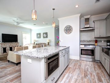 """In Seagrove """"Tide Me Over"""" Brand New 4BR Ocean Views and hot tub!"""