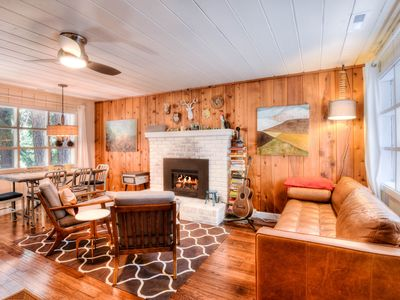 Photo for Chic West Shore Cabin, Tahoe Pines HOA Pier Access